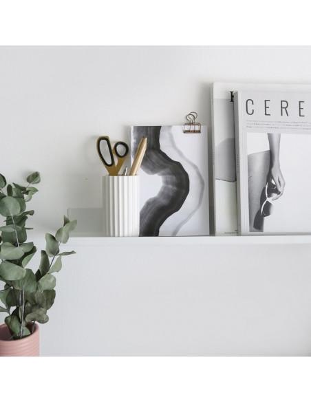 repisa metalica estante para cuadros y deco diseño Muett