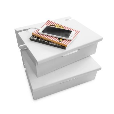 estante de chapa repisa metalica mesa de luz flotante diseño Muett