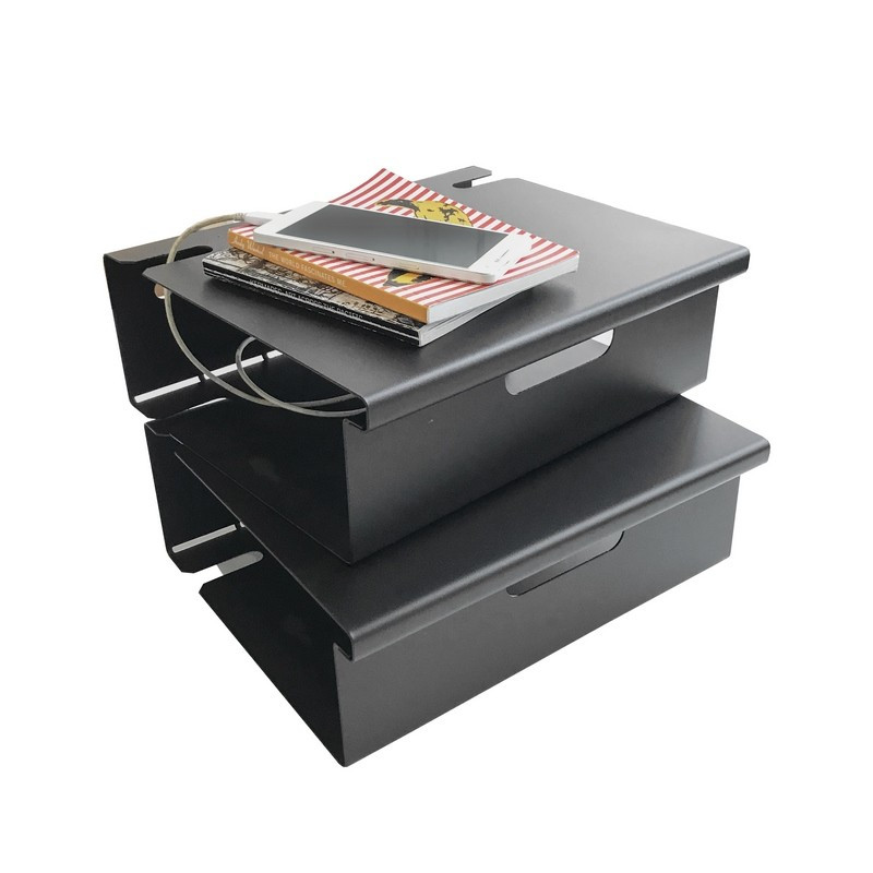 mesa de luz flotante estante de chapa repisa metalica chapa minimalista blanca y negra chica pequeña Muett diseño original