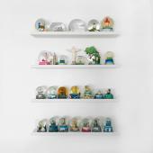 En esta edición de ESTANTES PARA COLECCIONISTAS..⠀ les traigo 24 viajes englobados en los line de ⠀ @angelakim QUÉ GANAS DE VIAJAR 🙏  #diseñoindustrial #disenointerior #disenointeriores #interior #interiordesign #coleccionistas #viajesporelmundo #diseñoargentino #industriaargentina🇦🇷 #estantes #minimalismo #paredesdecoradas